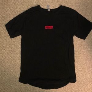 Men's fitted tee Medium